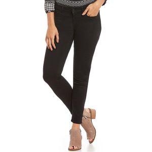 Lucky Brand | Black Lolita Skinny Jeans